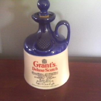 Grants Deluxe Scotch Whisky Flagon - Bottles