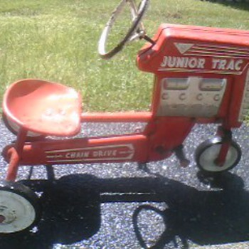 AMF Junior Trac Pedal Tractor. - Tractors