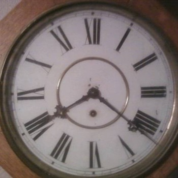Found this Clock at Estate Sale need help identifying it  - Clocks