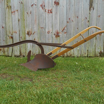 Updated John Deere plow pics