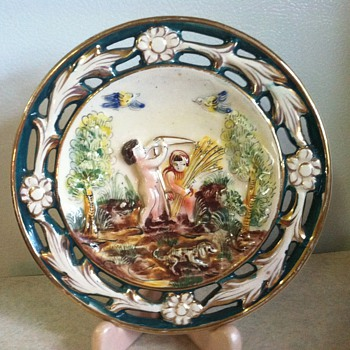 Capodimonte? - Art Pottery