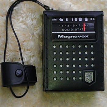 Magnavox 2R 1001