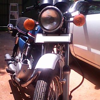 Suzuki GP 100 - Motorcycles