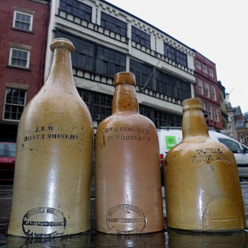 NORTH EAST STEPHEN GREEN SALT GLAZED PORTERS - Bottles