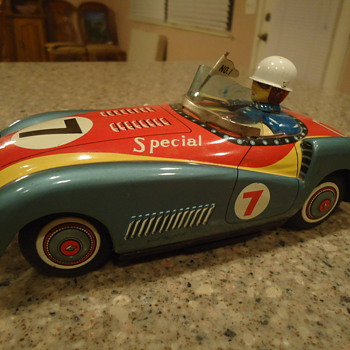 vintage toy tin car - Toys