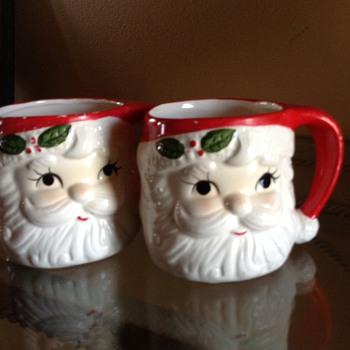 Vintage Santa mugs - Christmas