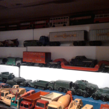 Old matchbox and hot wheels cars in an attempt to organize them... - Toys