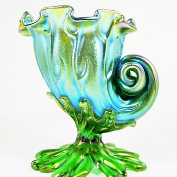 Loetz Neptun Seashell Vase ca. 1902 II-2/513 - Art Glass