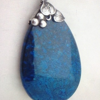 Is this a Sybil Dunlop or a  Amy Sandheim Pendant  - Art Deco
