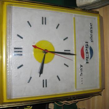 Pepsi Clock - Clocks
