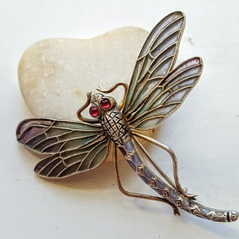 Plique à jour enamel dragonfly brooch, mark to find...