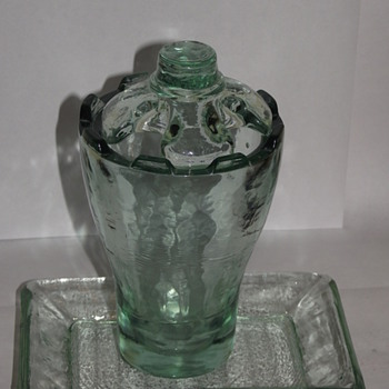 Recycled Glass Toothbrush Holder and Soap Dish