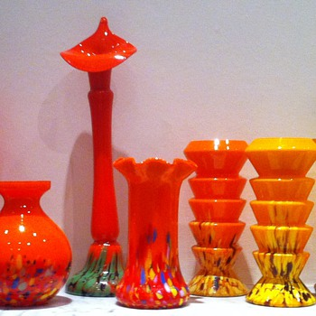 Tango glass with spatter bases - Art Glass