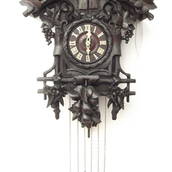 A few more gorgeous carved cuckoo clocks. Ca. 1880.   - Clocks