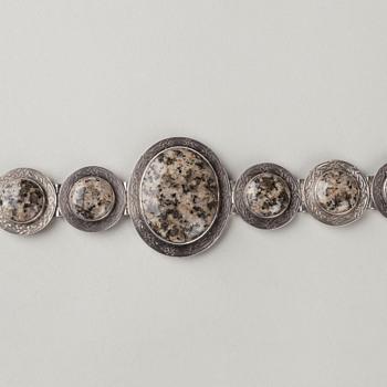 Aberdeen Art Gallery and Museums, The Rettie Bracelet, ABDAG011428 - Victorian Era