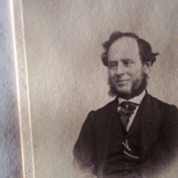 A BIG SMILE! I FOUND ONE, RARE SMILING EARLY CDV PHOTO!