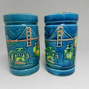 Kitschy &quot;SAN FRANCISCO&quot; Pottery Souvenir Salt Pepper Shakers - Kitchen
