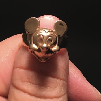 14K Mickey Mouse 3D ring