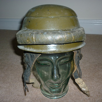 WW11 33rd Tank Brigade helmet