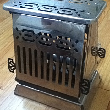Antique Hotpoint Toaster - Kitchen