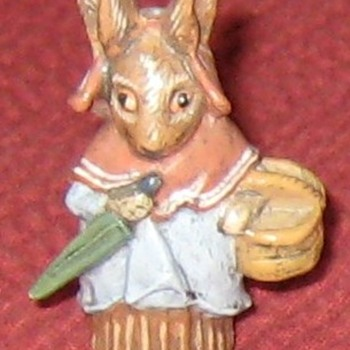 Austrian Cold Painted Bronze Mother Rabbit - Animals