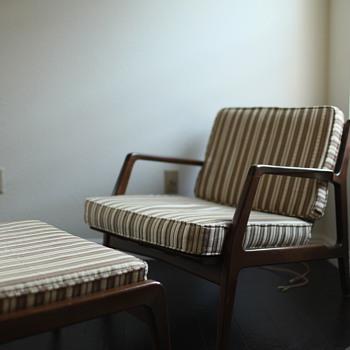 Ib Kofod Larsen chair & ottoman - Mid-Century Modern