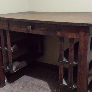 help identifying  wooden desk manufacturer