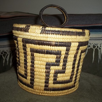 Tohono  O&#039;odham Basket