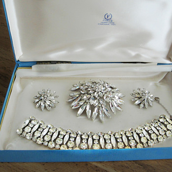 Sherman Parure set of Brooch, Earrings and Bracelet - Art Deco