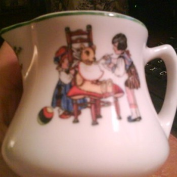 Children&#039;s Vintage China Creamer??? - China and Dinnerware