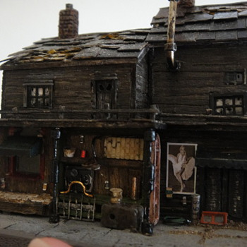 Itty bitty Z scale buildings - Model Trains