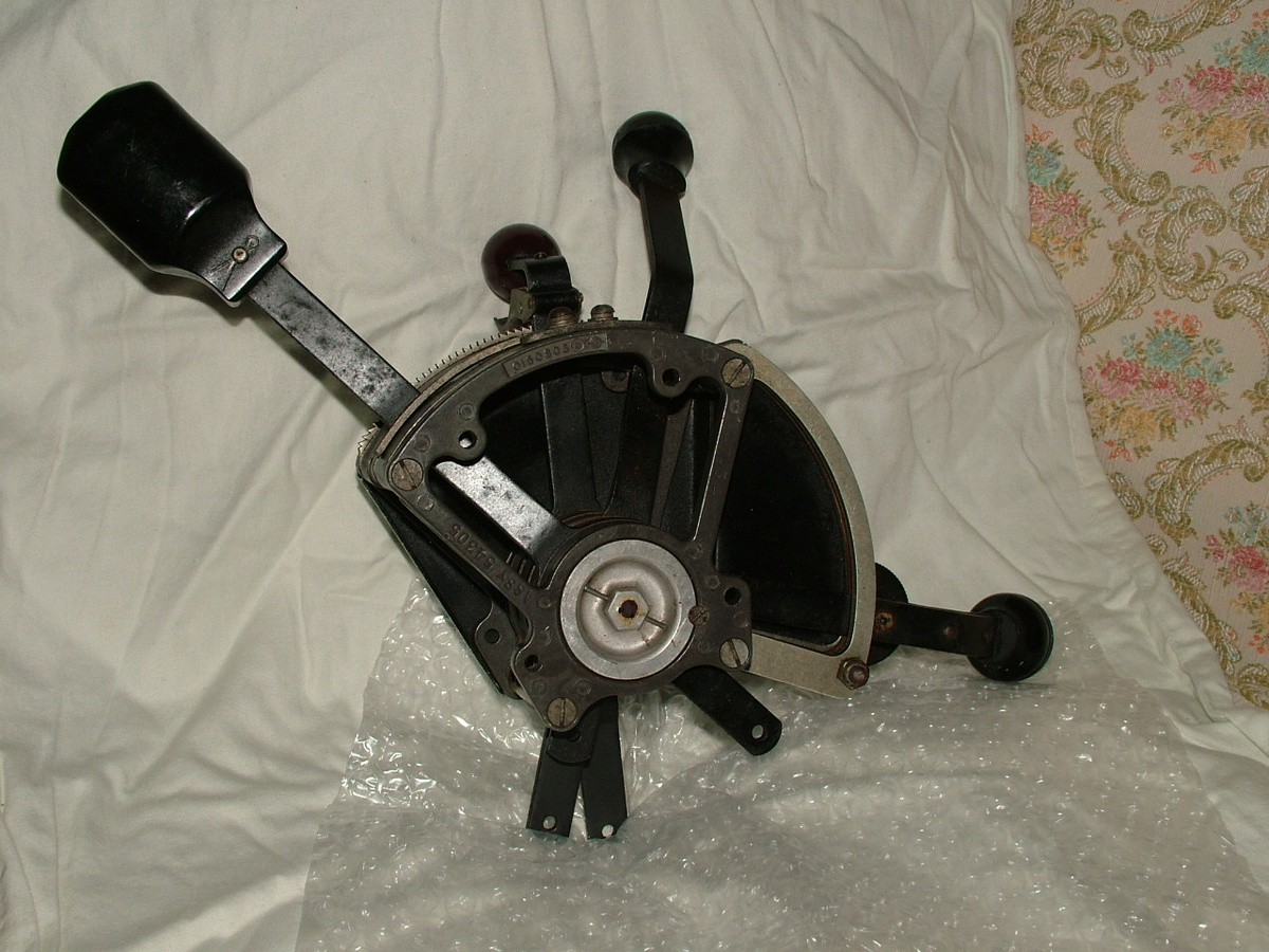 Dusty Old Cars >> J2F AIRCRAFT THROTTLE QUADRANT FOR DUCK   Collectors Weekly