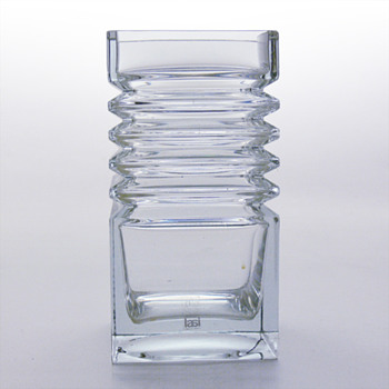 HARMONIKKA vase, Tamara Aladin (Riihimki Lasi Oy, 1971)