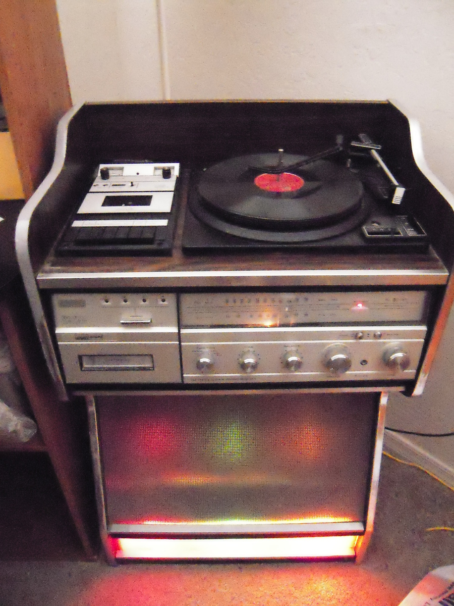Montgomery Ward Airline Sterophonic Music Center Juke Box