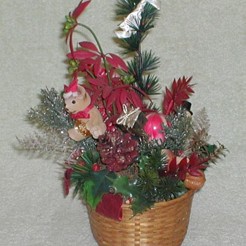 Christmas Basket Plant - Christmas