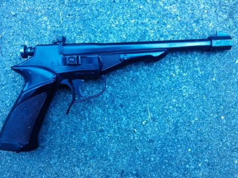Vintage c02 pellet pistol year 1975 collectors weekly for Ardeco pellet