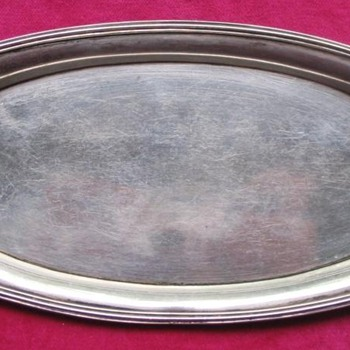GEORGE III SILVER SERVING DISH/CARD SALVER