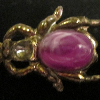 For the bug brooch lovers.  I'm looking at you, kyratango! :) - Costume Jewelry