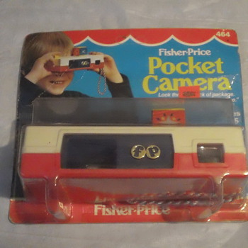 VINTAGE 1974 FISHER-PRICE POCKET CAMERA FACTORY SEAL MINT