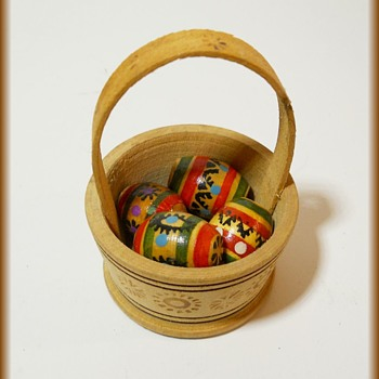 Small Wooden Easter Basket and Eggs