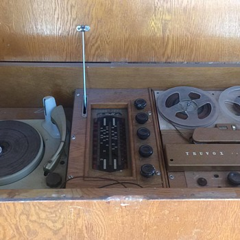bell turvox reel to reel recorder radio and record player