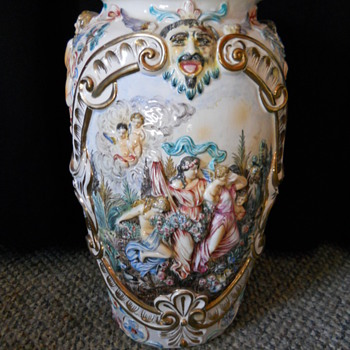 Capodimonte My Favorite Vase - Art Pottery