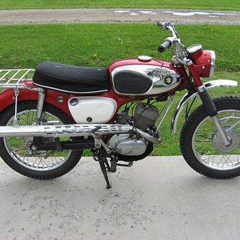1968 Suzuki KT120 BearCat