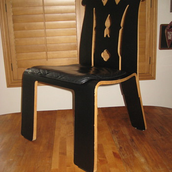 Molded Plywood Chair.... ???? - Furniture