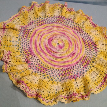 Old vintage doilies - Rugs and Textiles