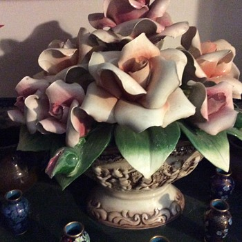 Another Capodimonte arrangement
