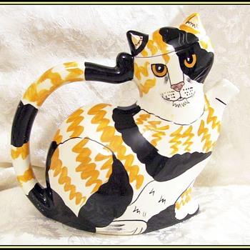 CAT TEAPOT -- By NINA  - Animals