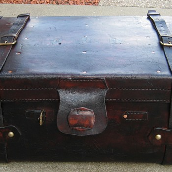 Edwardian Era English Leather Steamer Trunk - Furniture