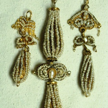 Antique Georgian Seed Pearl Dangles