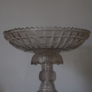 Bowl on Stand circa.1820 - Art Glass